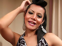 Swinging sexy ladyboy gets ready to fuck