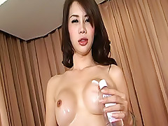 Teeny Jinny jostles with her lady cock