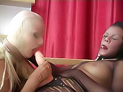 Bitchy miss strapons her pantyhosed galfriend