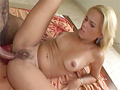 Pretty blondie got her hungry asshole dicked