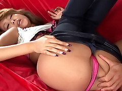 Hitomi Mano pretty Asian slut sucks cock and gets a fucking while on her date