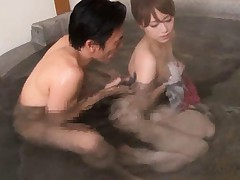 Akiho Yoshizawa has fingers and poonanie fondled inside pool