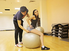 Hot fuck videos with brunette in a sport gym