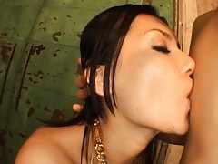 Maria Ozawa Asian in pink lingerie sends saliva in fellow mouth