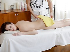 Gal didnt expect to get fuck instead massage