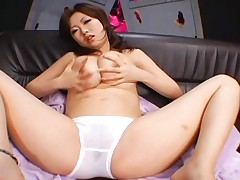 Rio Hamasaki's cunt gets wet because she is turning herself on