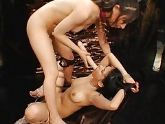 Maria Ozawa Asian fucks her cunt with dildo sucked by other miss