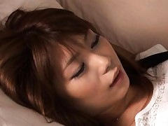 Hikari Hino Asian rubs her poonanie with hand inside short pants