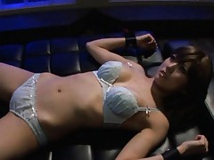 Rin Hitomi Asian can't oppose to vibrator she gets over scanty