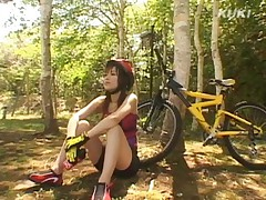 Yua Aida Asian has melons fondled in the forest after bike ride