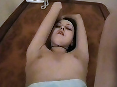 Crazy chick loves getting screwed on her dinning room table