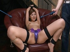 Karin Tsubaki in bondages and rubbed with sex toys