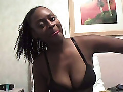 Amateur black gal oral jobs guy then spreads for him to get nailed