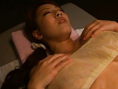 Hitomi Tanaka Sexy oiled babe sucks cock and shows nice ass