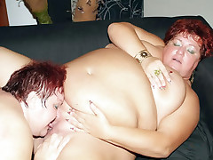 Fat matures Louise and Mindy suck cocks simultaneously and got her pussies licked and dicked live