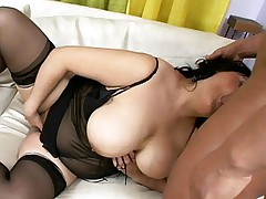 Cute plumper Claudia rubbing her gristles while a hunk pounds her fat pussy live