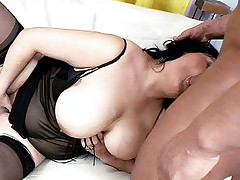 Live clip of insatiable BBW Claudia playing with her plump boobs while a guy pounds her pussy