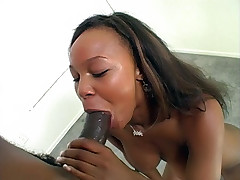 Nasty black chick Vida Valentine swallows cum after giving her stud a mouthfuck live