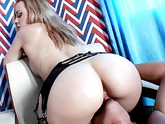 Stockinged chick Annette Schwarz spreads wide and plays with her pussy in this live anal fuck