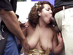 Kinky BBW Jackie sucks on a huge cock while another dick is fucking her from behind live