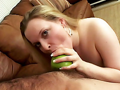 Sexy BBW Shannon Monroe lays her side on the sofa getting her pussy spoon fucked live