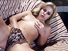 Blondie Angela Stone does a solo masturbation and screws a toy in her mouth and cooter live