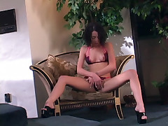 Slutty girl Veronica Jett does a steamy solo masturbation and mouthfucks an adult toy live