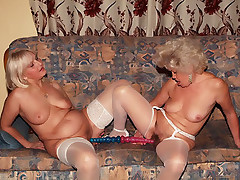 Horny matures Francesca and Erlene indulge their cunts with a good licking and dildo ramming live