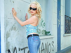 Denim wearing blonde hottie with red thong sucks studs full cock