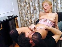 Blonde spreads her legs to gets her shaved pussy licked and fingered