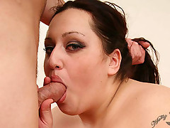 Extra large hottie Emerald gets rammed in the cunt with cock after enjoying a wet pussy licking