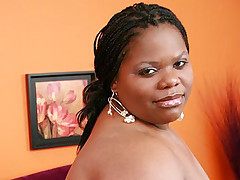 Huge ebony BBW Chocolat Hottie takes deep black cock filling in her fat covered muff