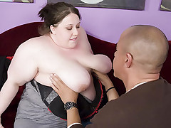 Shy BBW Jelli has a huge stack of rack that she puts into good use to seduce a hunk