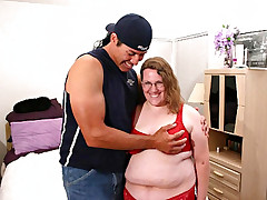 Hot BBW gets stuffed in the mouth and pussy