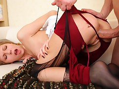 Hunk tears off chicks nylons and fucks her hard from behind