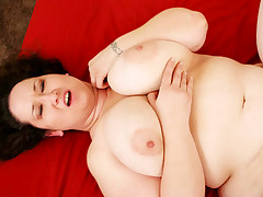 BBW gets her tits jiggling while getting pussy stuffed