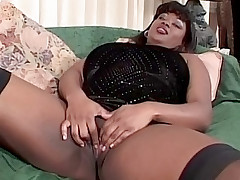Black fatty having her wet pussy munched and screwed
