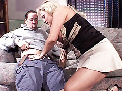 Stunning Milf Milan Summer gets her pussy poked by an excited dick after a blowjob