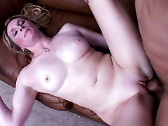 Blonde milf Ashley Anderson satisfies her insatiable pussy by cramming a huge wang gets nasty cum facial