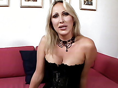 Blonde hottie Mandy Bright posing in her sexy stockings and took cock cramming from both ends