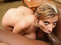 Naughty MILF getting a deep banging in her pussy