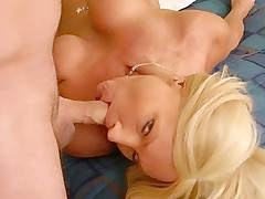Horny mom pleasures a stud with her mouth and cunt