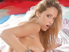 Hot Latina Melissa gives a schlong a sinful mouthfuck and got fucked hard in return in this sexy porn story
