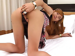 See freaky hung young ladyboy Pear cum
